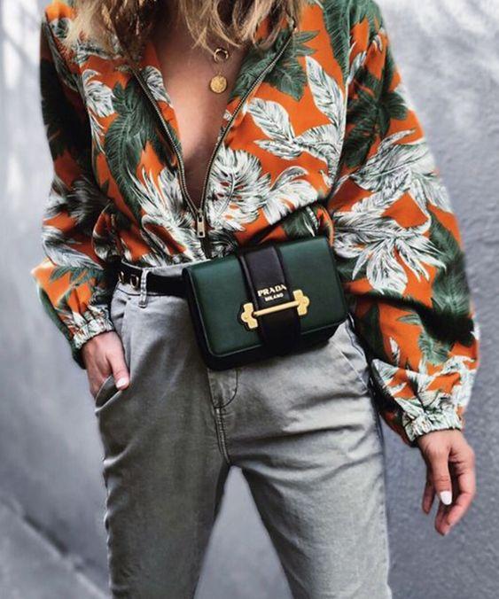 กระเป๋าคาดเอวผู้หญิง