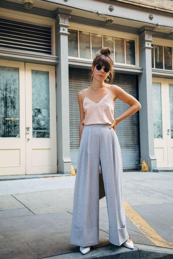 กางเกงเอวสูงขาบาน
